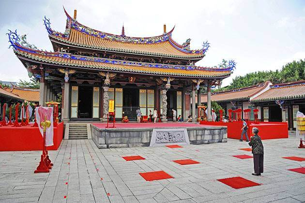 Confucius Temple Cruise Excursions in Kaohsiung