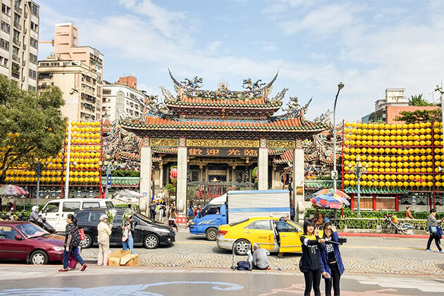 Mengjia Longshan Temple Keelung Shore Excursions