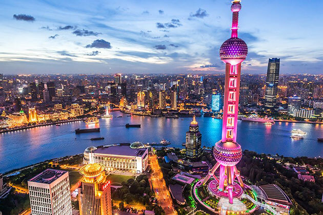 Oriental Pearl Tower Shanghai Attractions