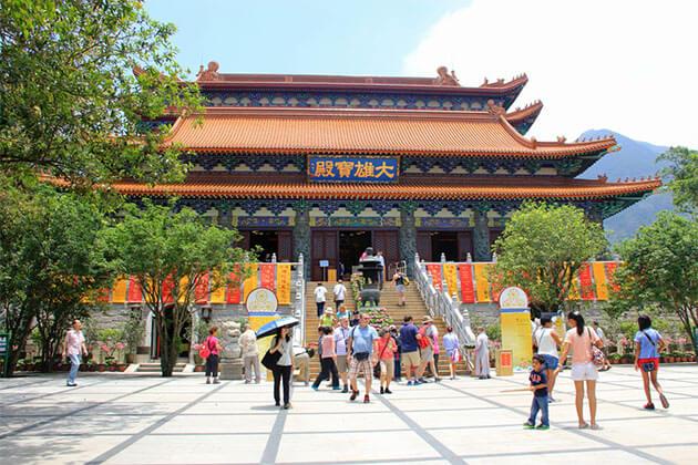Po Lin (Precious Lotus) Monastery