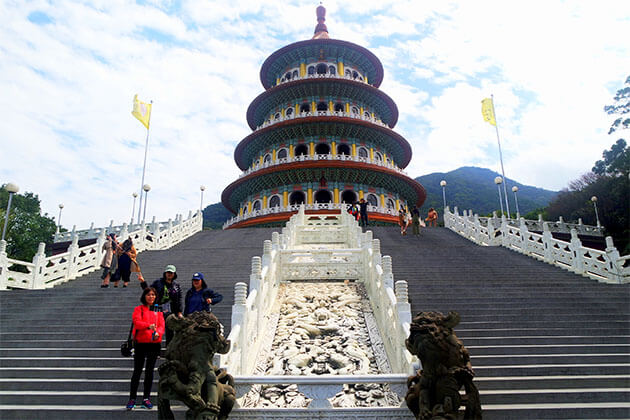 Tianyuan Temple Taipei Tour From Keelung Port